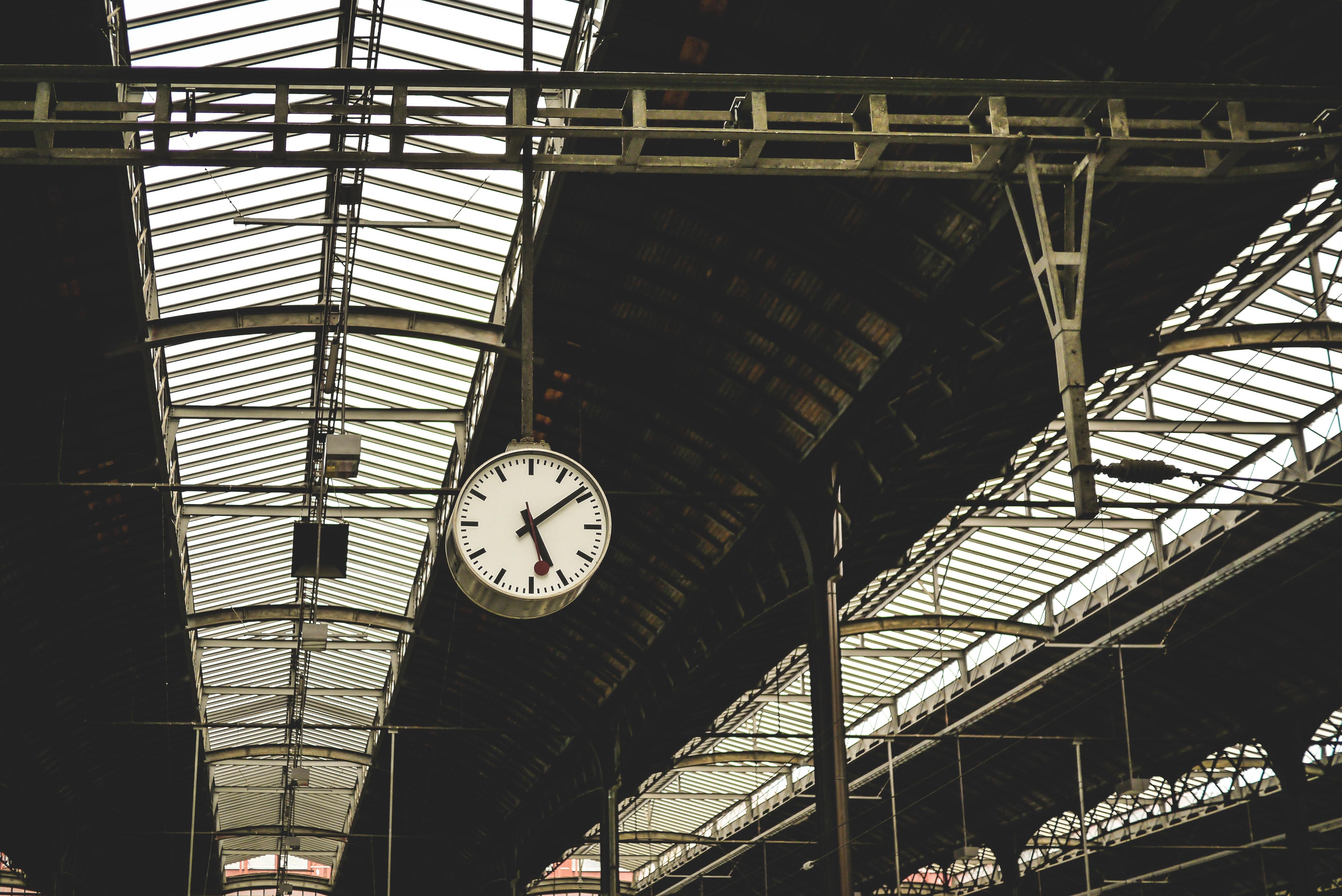 Czy będą zwroty cen biletów za opóźnione pociągi?