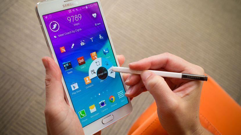 Włochy: Apple i Samsung z karami za spowalnianie smartfonów