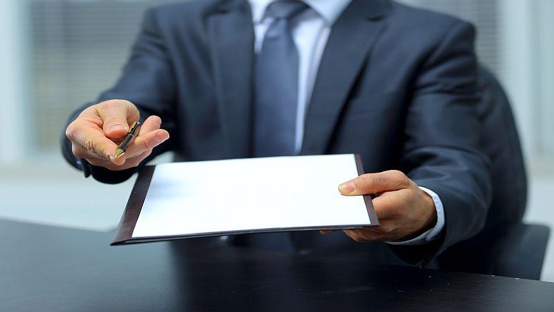 O automatycznym przedłużaniu umowy z konsumentem