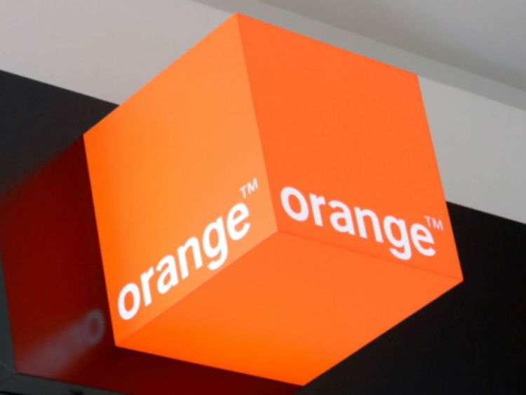 Orange przestrzega przed falą fałszywych faktur