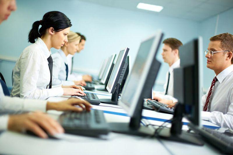 CERT ostrzega: wzrasta zagrożenie dla firmowych komputerów