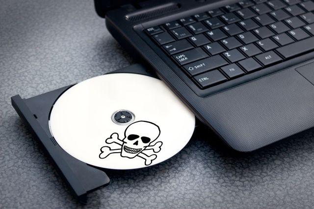 Piractwo gier w Polsce – czy jest legalne?