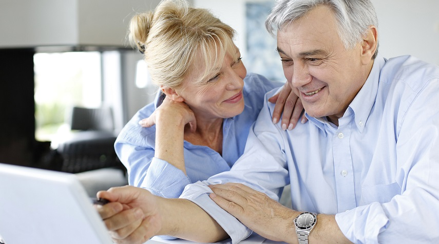 Jak bezpiecznie korzystać z internetu-poradnik dla seniora!