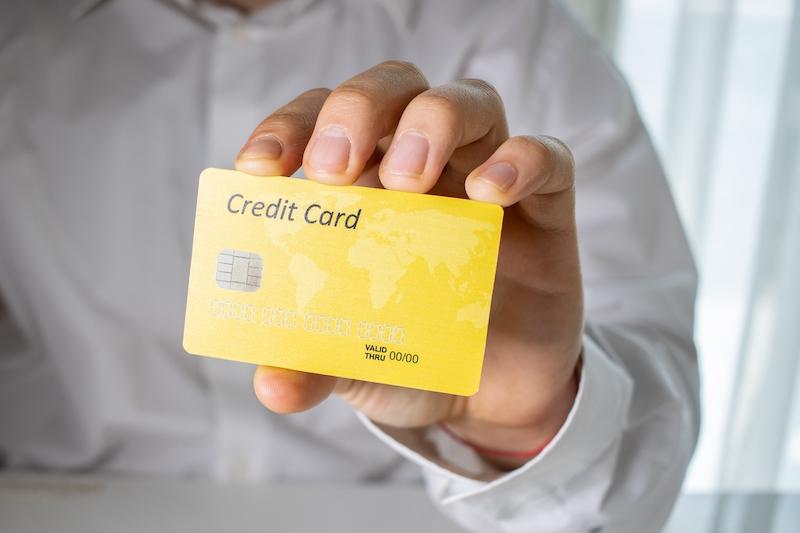 Karta kredytowa gwarantuje bezpieczeństwo transakcji
