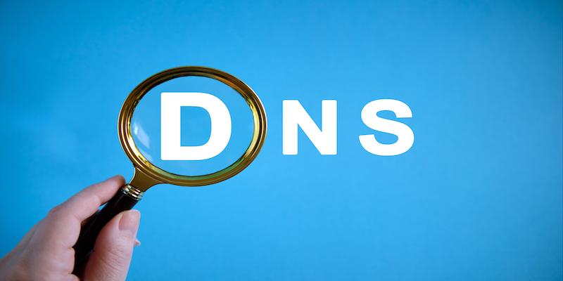 Bezpieczne serwery DNS – zobacz, jak zadbać o bezpieczeństwo i prywatność