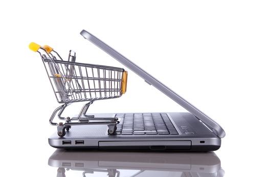 Zakupy przez internet i w sklepie tradycyjnym – porównanie